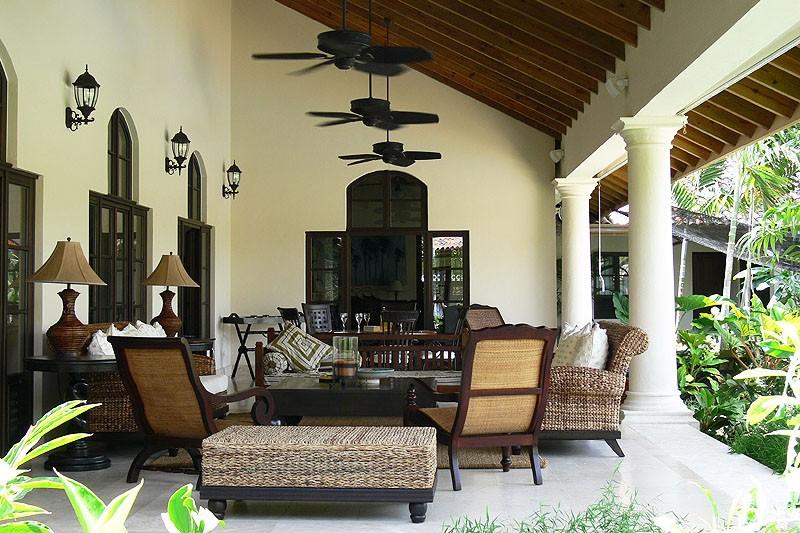 Villa colonial 1 ville esclusive for Progetta la tua villa